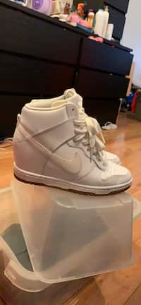 cheap for discount 7b130 7ae89 Size 5 Nike Dunk Sky High