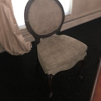 2 Chairs Morganville, 07751