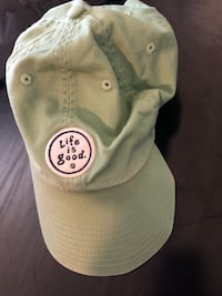 Life is Good hat Saint Charles, 63303