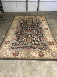 Brown and black floral area rug San Jose, 95118