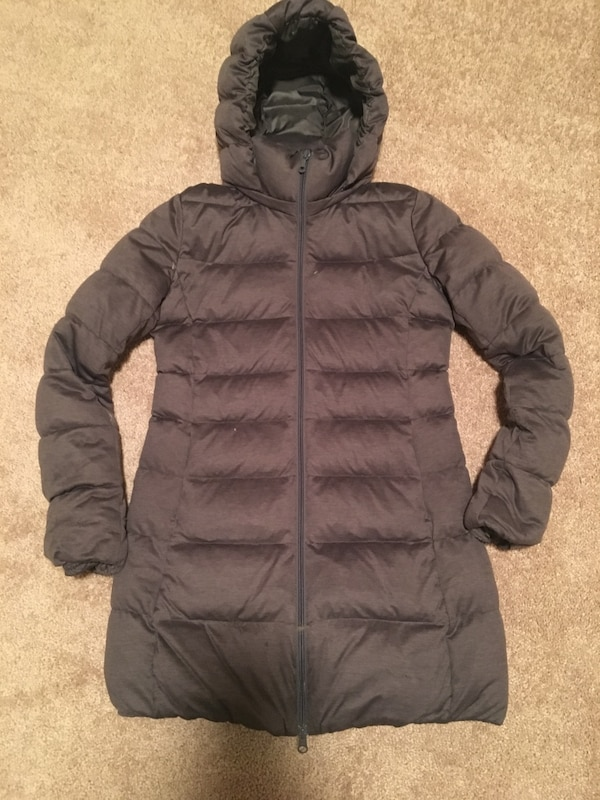 885d906bf Used UNIQLO down jacket xs for sale in アトランタ - letgo
