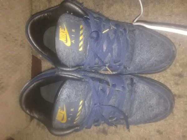 46a185f8de8 Used Retro (1998) Nike Air Shoes for sale in Richmond - letgo