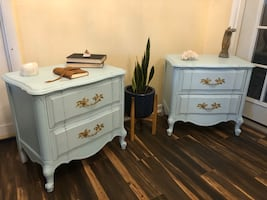End tables/nightstands