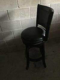 black leather padded chair with black wooden base Little Mountain, 29075