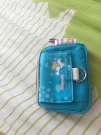 Waterproof wallet with 4 pockets Burnaby, V5H 1Z9