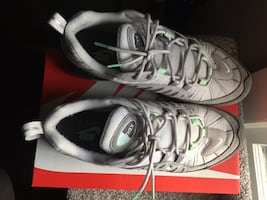 Airmax 98 size 11 mens mint grey