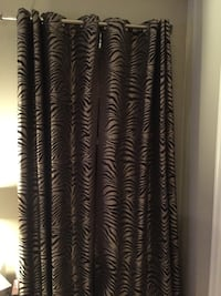 """Beautiful drapes 84"""" L. 6 panels but will sell in pairs. Clarksville, 21029"""