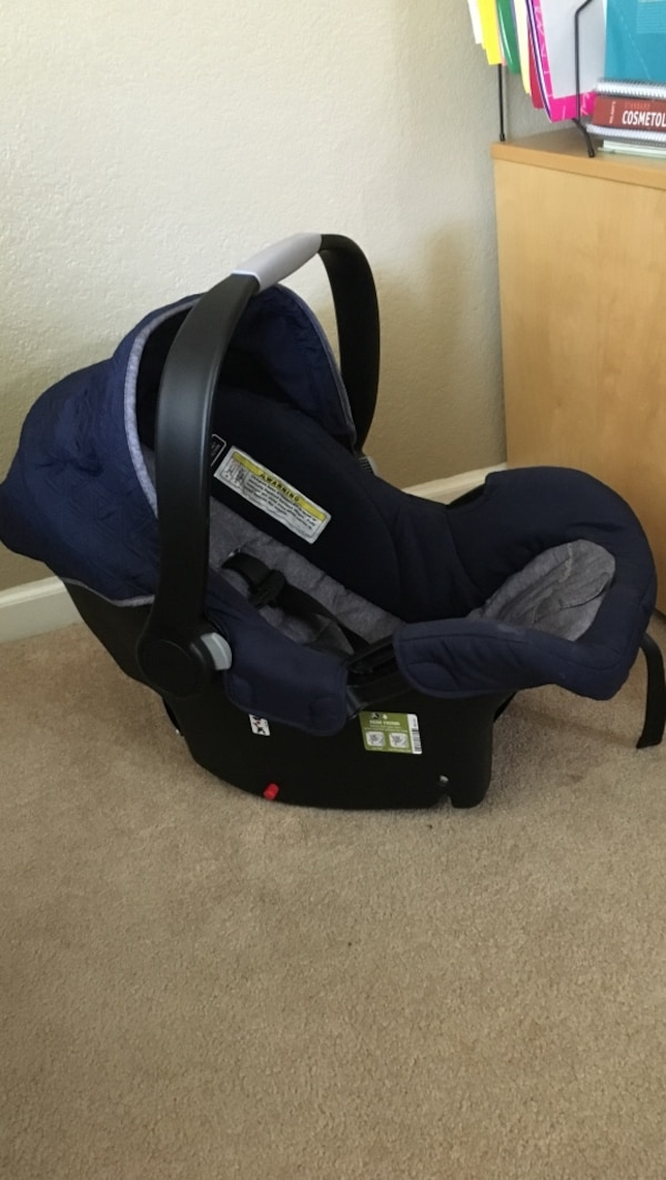 Ed Bauer Alpine 4 Car Seat And Base