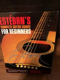 Excellent guitar book $15.00 Mississauga, L4Y 4E1