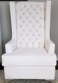 Exquisite Chair Rentals - by Royal Rentals  Brampton