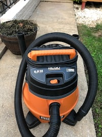 orange and black Ridgid wet and dry vacuum cleaner Centreville, 20120