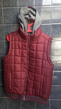 Large Maroon and Gray Zip-up Vest East Providence, 02915