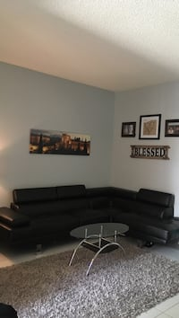 Leather sectional and coffee table Cooper City, 33026