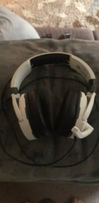 Turtle Beach gaming headset. Excellent condition. Enumclaw, 98022