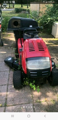 Troy Bilt Pony for parts (Bagger not included)