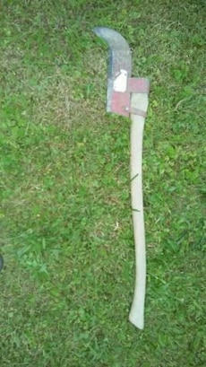 Brush axe