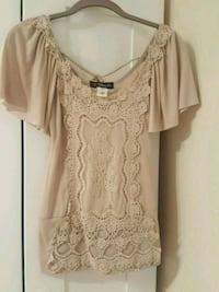 Light pink flutter sleeve top with beautiful lace detail