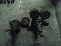 Vintage welding regulators w/gauges Bakersfield, 93312
