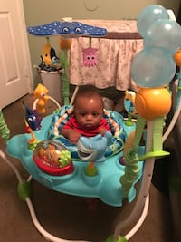 baby's white and green jumperoo Moreno Valley, 92551