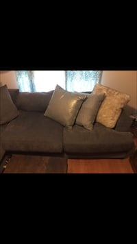 Gray couch and throw pillows Grapevine, 76051