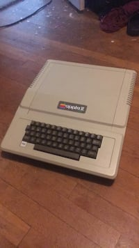 Apple II plus vintage heirloom great condition pay Lutherville Timonium, 21093