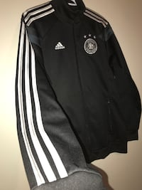 New Men's Adidas Zip Up Jacket (Medium) Milton, L9T 4K1