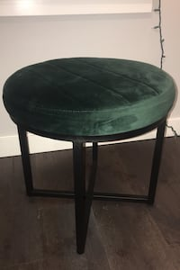 Coffee table with velvet top