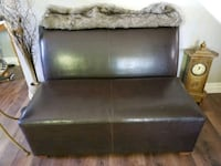 black leather 2-seat sofa Barrie, L4M 4Y8