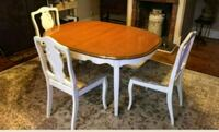 kitchen table with leaf and 4 chairs Jonesboro, 30236