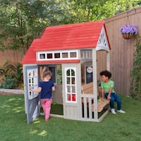 Cedar Summit Playhouse - FREE DELIVERY!