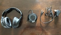 Sennheiser Wireless Headphones with Base Station Newmarket, L3X 2X1