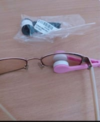 black and pink framed eyeglasses Vancouver, V5K 2A9