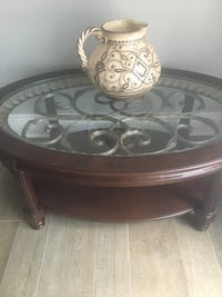 Coffee and 2 end tables pick up north jersey