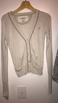 American Eagle sweater women's size small petite 237 mi
