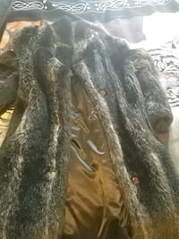 Small Woman winter. Furcoat mint condition Kitchener, N2G 1E9