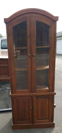 DISPLAY CABINET - CHINA CABINET