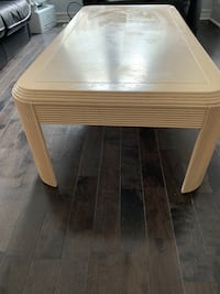 Solid wood coffee table and 2 end tables Pickering, L1V 6W1