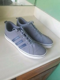 Adidas shoes  Glendale, 85301