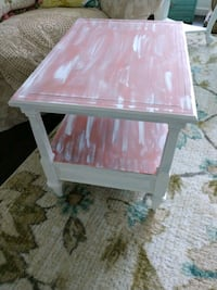 Pretty Vintage Coral & White End Table..Solid Wood Ormond Beach
