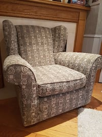 Great TV/Reading Chair