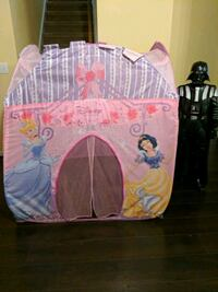 Disney pop up tent Smyrna