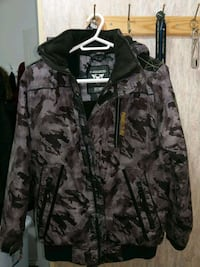 winter jacket  size large  good condition $20 Cambridge, N3H 5G7