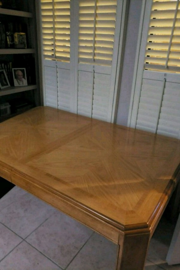 Used Oak Dining Table 8 Chairs China Hutch Buffet 2 For Sale In