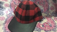 red and black checked fitted cap Laie, 96762
