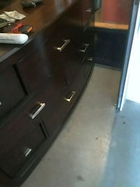 9 Piece dresser and nightstand 100 bucks altogethe Lathrop, 95330