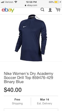 size small Nike Women's Dry Academy Soccer Drill Top.