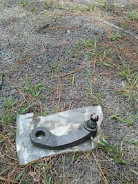 95 GMC van pivot arm Wilmington, 28409
