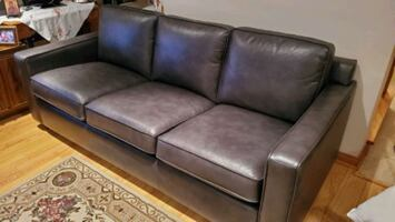 Couch / Hide a bed /sofa