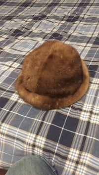 Authentic mink fur hat Mapleton, N0B