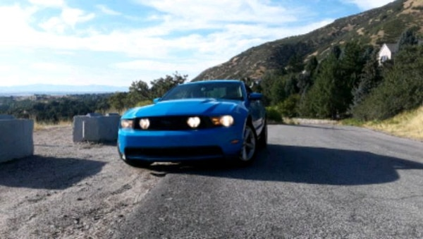 2010 Ford Mustang 0
